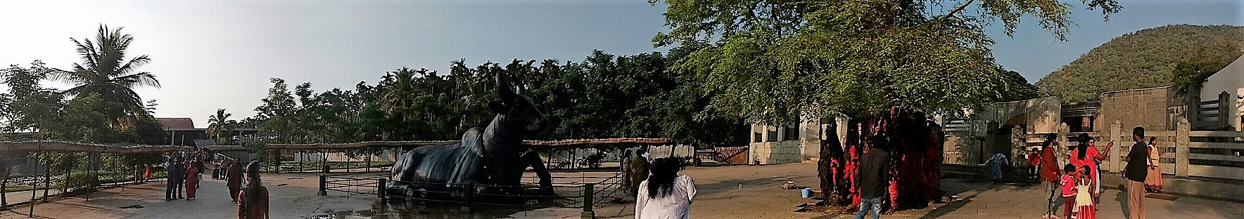 Nandi and DhyanaLinga Entrance_Isha Yoga Center